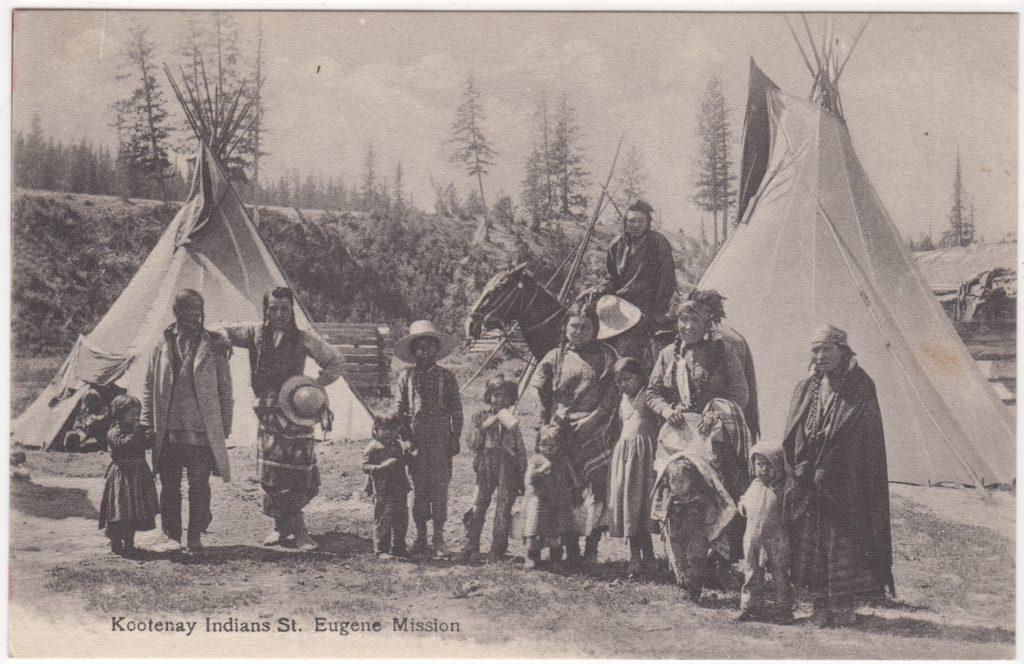 Indiens Kootenay, Mission St. Eugène, Cranbrook; ca. années 1019