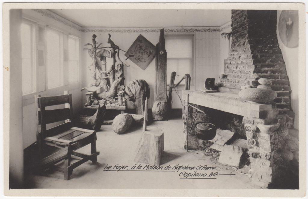 Foyer, Maison de Napoléon St. Pierre, Capilano, North Vancouver, ca. années 1920 (SHFCB 2016.02.212)