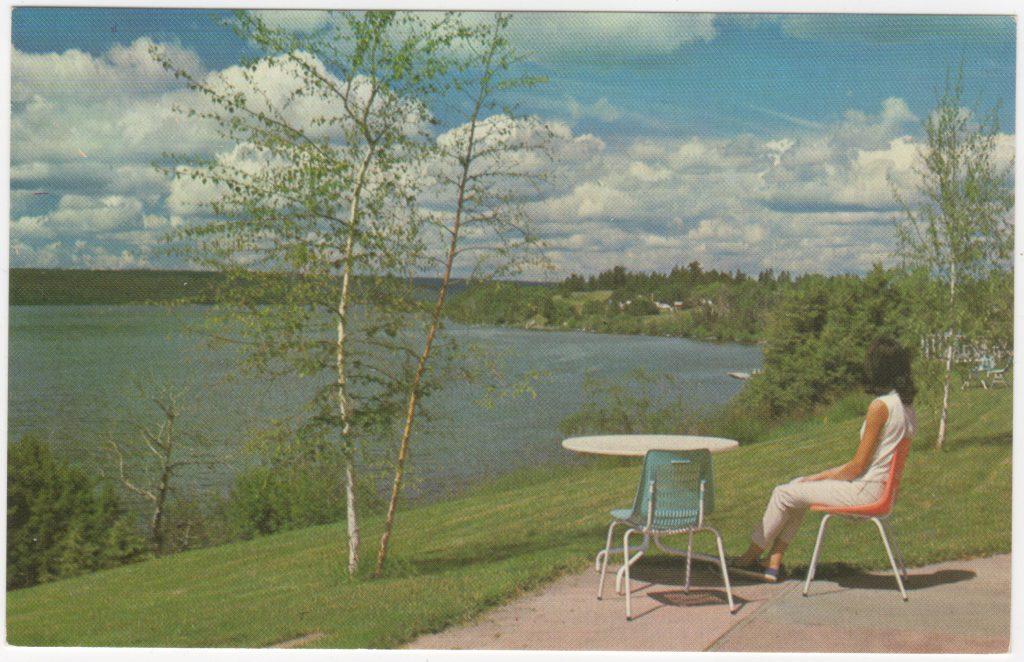Lac La Hache, Cariboo, ca. années 1950 (SHFCB 2016.02.160)
